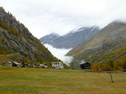 italy,Aosta slėnis,aosta,Gran paradiso,Nacionalinis parkas,ruduo,rūkas,slėnis,Spalio mėn
