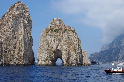 italy,capri,salos,salos proveržis,faraglioni,jūra,navigacija,panorama