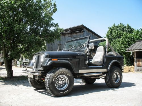 Jeep,offroad,automatinis,visureigė,Visais ratais varoma,4wd