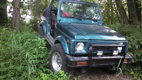 Jeep,4wd,keturių ratų pavara,transporto priemonė,automobilis,vairuoja