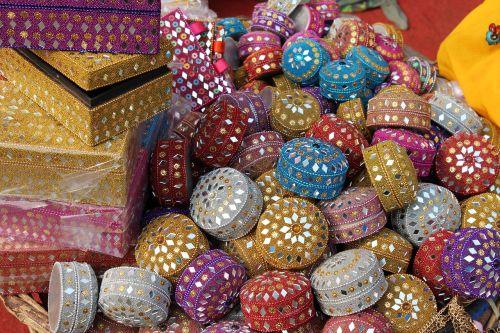 papuošalų dėžutė,delhi,gatvės parduotuvė,lajpat nagar,Indijos,turgus,turgus