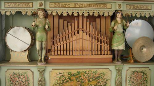 jukebox,mechaniniai muzikos instrumentai,mechaniškai,akustinė,orkestrinis ritinys,1900,savarankiškai groti muzikos instrumentai,Senovinis,kilbi