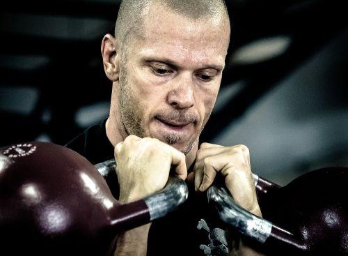 Kettlebell treneris,Asmeninis treneris,ikff,kettlebell,mokymas,tinka,treneris,Asmeninis,fitnesas,sportuoti,sportininkas,sporto salė,pratimas,naudotis,crossfit