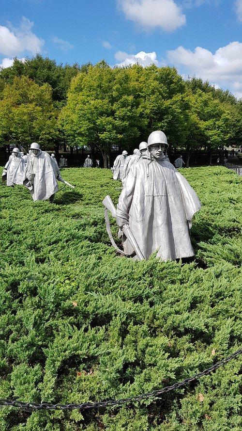 Korėjos veteranai karo memorialas, Korėjos karas, Vašingtonas, Korėja, DC, Vašingtonas paminklas, Capitol, Jungtinių Valstijų Kapitolijus, Lankytinos vietos, Vašingtonas, JAV, 1963, Amerika, paminklas, patriotizmas, dangus, taikos judėjimas, sėdynė vyriausybės