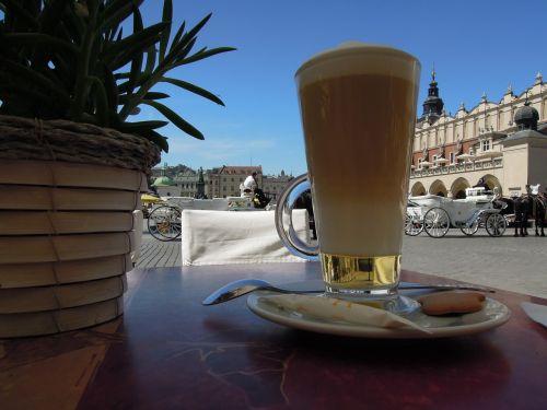 Krokuvos Krokuva,lenkas,kava,gerti,kavos puodelis,taurė,puodelis,patiekalas,karštas,augalas,kvadratas,miestas