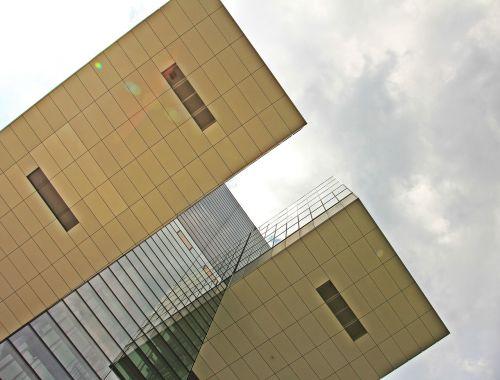 kranhaus,architektūra,Kelnas,šiuolaikiška,pastatas,stiklo langas,moderni architektūra,namai,Reino upė,rinas,Rheinauhafen,panorama,Vokietija,vandenys,upė,dangoraižis,gyvenamoji vieta,biurų pastatas,gyvenamieji pastatai,plieno santvarų konstrukcija,įspūdingas,įspūdingas pastato formos,reginas,muitinės uostas,tektoninė koncepcija,fonas,fono paveikslėlis,stiklas,turizmas,aukštas,lankytinos vietos,veidrodis,įvedimas,dangus