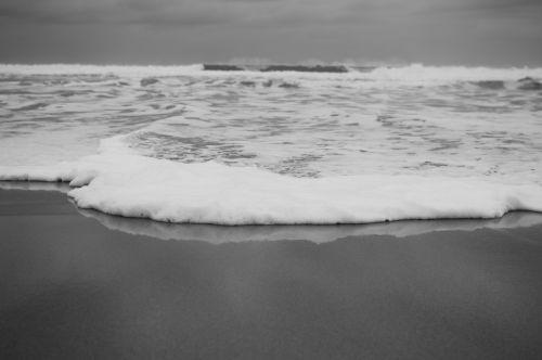 pajūris, vanduo, jūra, smėlis, papludimys, Krantas, putos, pajūris