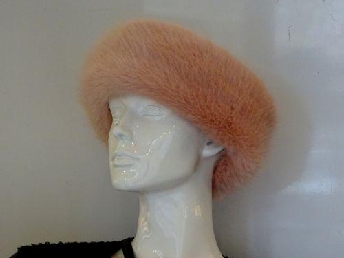 skrybėlę, skrybėlės, kailis, pūkuotas, vilnos, vilnonis, šaltas, žiema, moteris, moterys, Lady, moterys, mergaitė, mergaitės, Moteris, moterys, moteriškas, mada, dėvėti, stilingas, stilius, ponios žiemos kailio kepurė