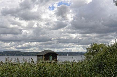 ežeras,debesys,dangus,giliau pamatyti,dengtas dangus,kraštovaizdis