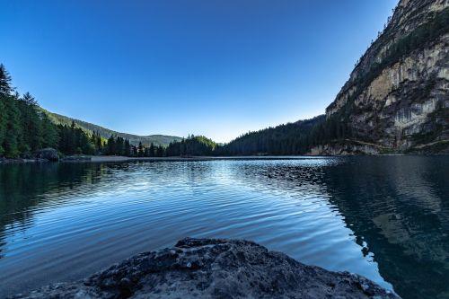 ežeras,Bergsee,kalninis ežeras,dolomitai,veidrodis,mėlynas,kraštovaizdis,tapetai,gamtos tapetai,hd tapetai