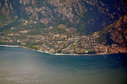 ežeras,garda,italy,citrina,garda,Šalis,namai,kraštovaizdis