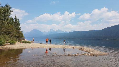ežeras,medis,atspindys,vanduo,kraštovaizdis,dangus,gamta,kelionė,mėlynas,kalnas,peizažas