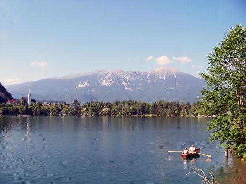 ežeras bledas,karawanken,jumbo,Gorenjska regionas,Haunting,mistinis,romantiškas,Alpių žygiai,pasivaikščiojimas,Atsipalaiduoti,Atsipalaiduoti,irklavimo valtis,atsipalaiduoti,uosto kruizas,kranjska gora,badesee