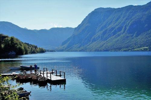 bohinj ežeras,bohinj,vandens sportas,skaidrus vanduo,Julijos alpės,turizmas,panorama,bohinj ežeras,atostogos,slovenia,kalninis ežeras,vasara,siurbliai,prieplauka