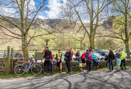 ežero rajonas,dviračiu,ciklą,kalnas,labai langdale,dviračiu,kelias,lenktynės,žmonės,dviratis,dviratininkas,kaimas,nuotykis,kraštovaizdis