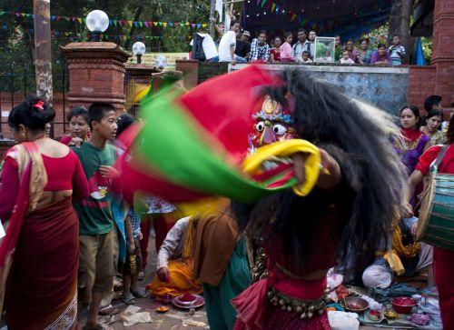 lakhe,newar,festivalis,Nepalas,religija,ritualinis Nepalas,kultūra,ritualas,religinis,žmonės,šokis,šokiai,Liaudies šokiai,Liaudies šokiai,kvadrato šokis