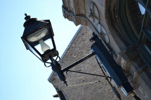 lempa,gatvės šviesos,gatvės lempa,internetas,voras,voratinklis,lempos stulpas,apšvietimas,elektrinis,gatvės šviesos,Senovinis,eksterjeras,elektra