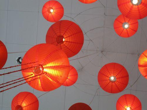 lemputės,Kinijos žibintai,japonų žibintai,popieriniai žibintai,kinų Naujieji metai,Filipinai,apdaila