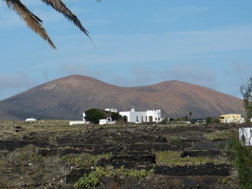 lanzarote,Kanarų salos,kraštovaizdis,gamta,Ispanija,kalnas,namai,balta,vulkanas,vulkaninis,turizmas,sausas