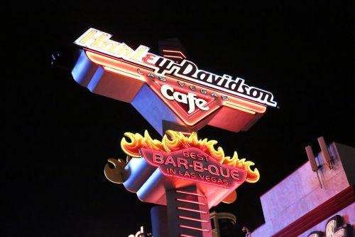 Las Vegasas,naktinis vaizdas,gatvės vaizdas,miestas,Neoninė šviesa,gatvės lempa,apsauginis rėmas,lempa,vakaras,žibintų eilė,apvali lempa,plokštelė,kava