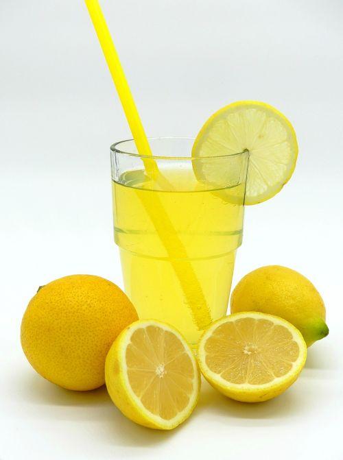 limonadas,citrina-kalkių soda,gerti,erfrischungsgetränk,citrinos,vaisiai,atsipalaidavimas,stiklas,vasara,vaisių sultys,troškulio gesintuvas,gerti vaisius,šiaudai,vitaminai,troškulys,mityba,maistas