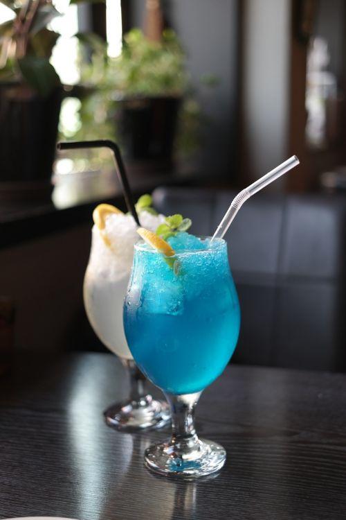 limonadas,citrina ade,mėlyna citrina ade,mėlynas limonadas,kavinė,Tapi rouge