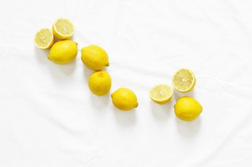 citrinos,citrusiniai,grupė,šviežias,vaisiai,geltona,sveikas,sultingas,natūralus,gamta,septyni,pusės,saldus,vitaminas,rūgštus,pyragas,Tangy,rūgštus,Citrinų,atogrąžų,ingredientas,maistas,šviežias vaisius,vitamino C,citrusas × limon