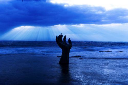 rankos gyvenimas,pohang,apšviesti