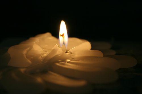 šviesa,žvakė,žvakių šviesa,religija,skambučiai,pusiau šviesa,tikėjimas,šviesos vakarienės žvakės,malda