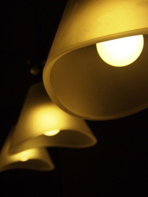 šviesa,penumbra,žibintai,dėmesio,lempa,naktis