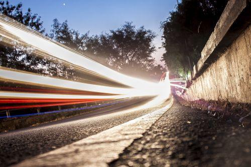 šviesa,kelias,lengvi takai,ilga ekspozicija,Livingstone,Zambija,afrika,lauke,eismas,transportas,greitis,naktis,greitkelis,greitkelis