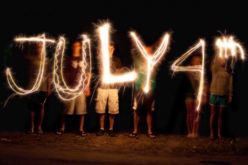 šviesos tapyba, sparklerio rašymas, liepos ketvirtoji, Liepos 4 d ., šventė, pirotechnika, liepsna
