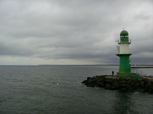 švyturys,jūra,debesys,lietus,gewitterstimmung,horizontas