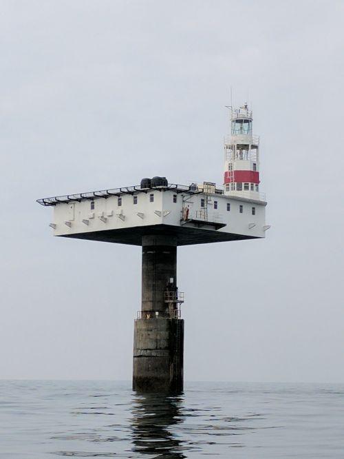 švyturys,jūra,vanduo,jūrinis,jūrų,švyturys,orientyras,suverenias švyturys,eastbourne švyturys