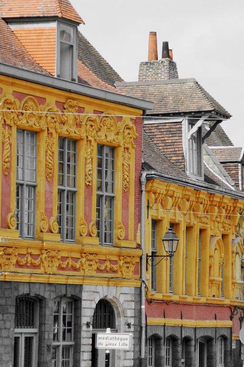 Lille, Miestas, metai Lilis, Gatvė, architektūra, Flamandų architektūra, Šiaurė, regionas Nord Pas-de-Calais, architektūra nuo XVII amžiuje, fasadas