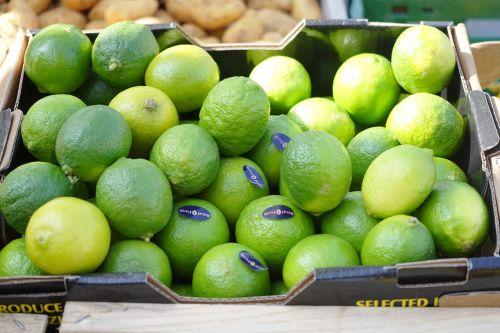 kalkės,vaisiai,Citrusiniai vaisiai,pardavimas,vitaminai,sveikas,maistas,rūgštus,vaisių,žalias,frisch,vaisių perkėlimas,pervedimas