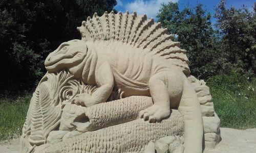 driežas,dinozauras,ropliai,priešistorinis,priešistorė,gyvūnas,statula,smėlis,Rodyti,kreida,smėlio skulptūros,sandbox,kūrybinė skulptūra,kūrimas,padaras,meno kūrinys