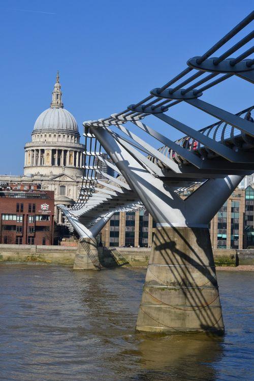 Londonas,Temzės upė,Anglija,Jungtinė Karalystė,upė,tiltas,bažnyčia
