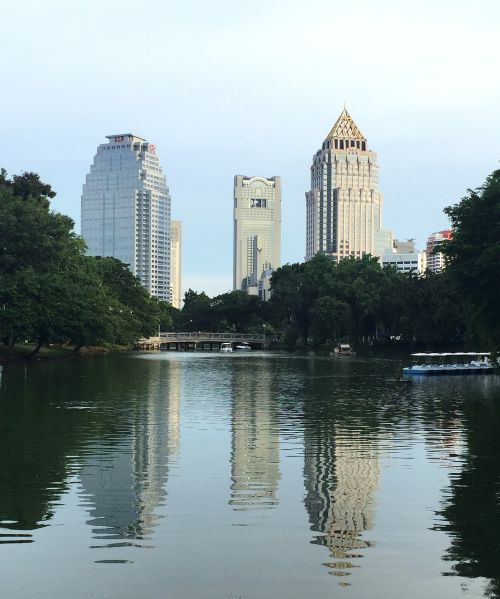 lumpini,Tailandas,parkas,Bangkokas,pastatas,architektūra,dangoraižis,miestas,dangus,vanduo,kelionė,centro,orientyras,lumphini,sodas
