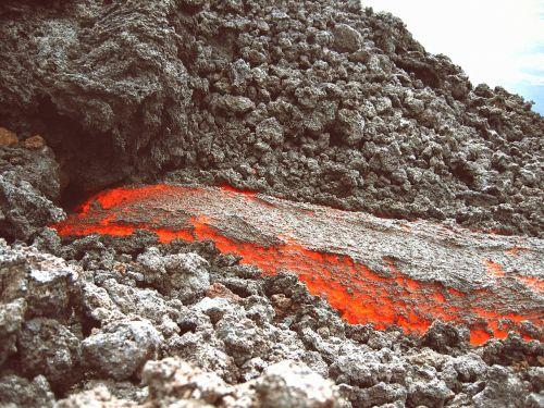 magma,lava,vulkanas,vulkanizmas,Gvatemala,skystas,akmuo,šiluma,karštas,žėrintis,teka,gamta,Ugnis,akmenys
