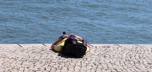 vyras, saulė, vandens, atsipalaiduoti, Atsipalaiduoti, gulėti, vasara, atostogos, žmogus