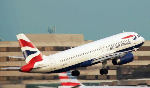Mančesteris,oro uostas,Anglija,informacija,ženklas,gabenimas,kelionė,lėktuvas,Kelionės tikslas,mėlynas,skrydis,reaktyvinis,Europa,simbolis,eismas,transportas,Londonas,uk,debesys,oras,Atvykimas,tvarkaraštis,karalystė,united,keleivis,lenta,Manchester United,lėktuvas,takas,kilimas,dangus,saulėlydis,kryptis,tarptautinis,greitkelis,aviakompanija,verslas