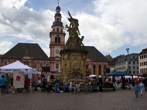 Manheimas,prekyvietė,miesto rotušė