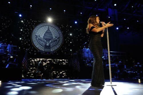 Mariah Carey,dainininkė,pramogų atlikėjas,garsenybė,žinomas,žinomas,dainuoti,atlikti,scenoje