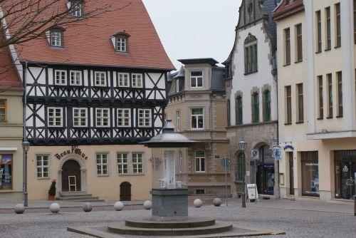 prekyvietė,Saksonija-Anhaltas,fontanas