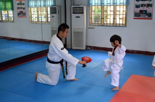 kovinis, menai, klasė, traukinys, mokymas, karatė, kungas & nbsp, fu, Taekwondo, mokytis, smūgis, kovų menai