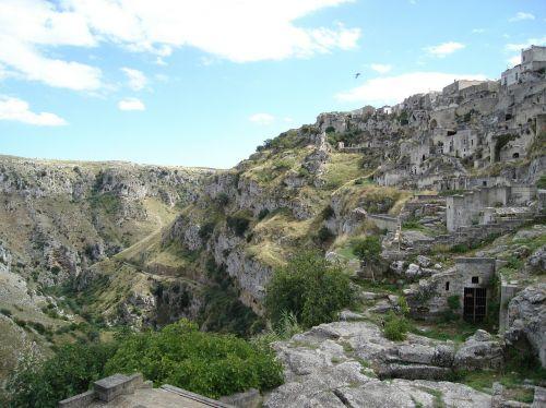 Matera urvai,urvų būstuose,pietų italija,kultūros paveldas,UNESCO svetaines,Viduržemio jūros kultūra,italy,priešistoriniai gyvenamieji namai