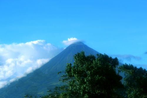 vulkanas, gamta, debesys, gražus, dangus, mėlynas & nbsp, dangus, Mayon & nbsp, vulkanas, puikus & nbsp, kūgis & nbsp, iš & nbsp, ugnikalnio, objektas, fonas, tapetai, Majono vulkanas