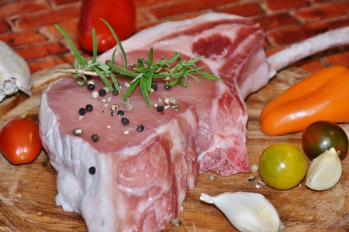 mėsa,kiaulė,kiaulės atgal,kiauliena,kaulas,Grilis,žaliavinis,skanus,bio,ekologiška kokybė,kokybė,šalies kiaulė,frisch,gurmanams,valgyti,maistas