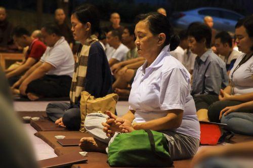 meditacija,grupės meditacija,medituojantis,Moteris,gyvenimo būdas,atsipalaidavimas,grupės posėdis,zen,dvasinis,budizmas,teravada budizmo